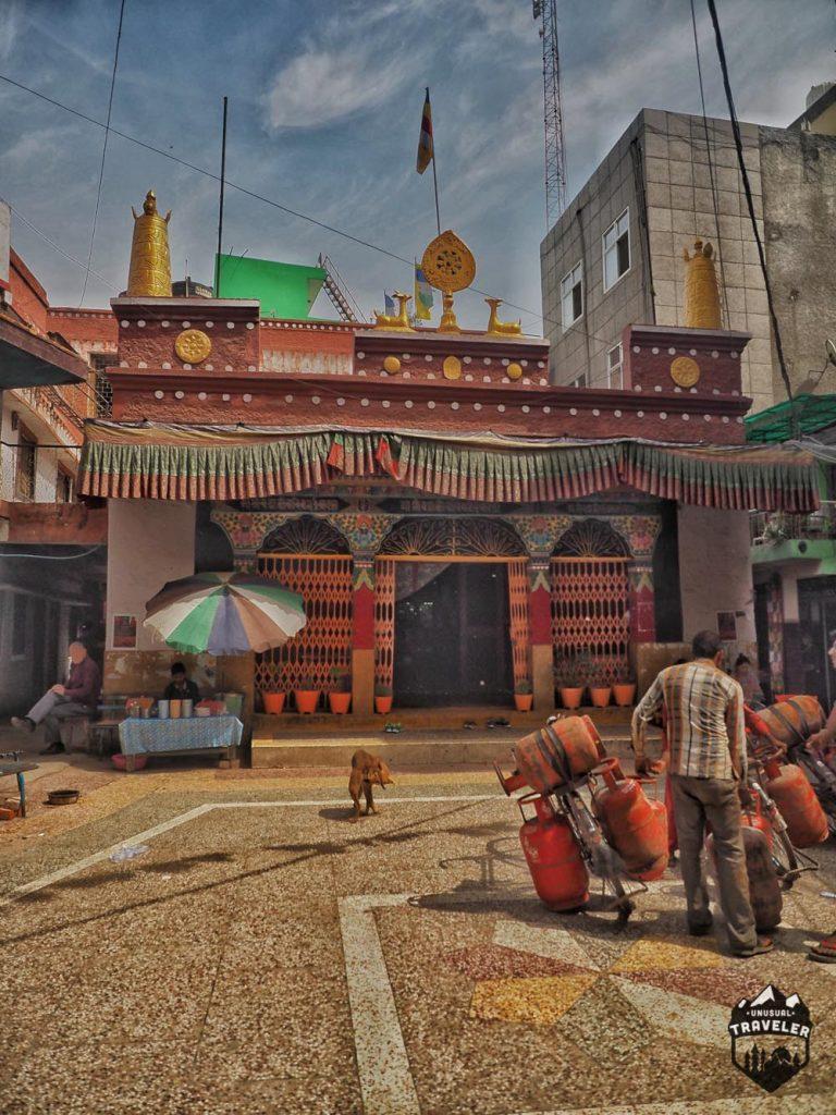 tibeten-monastery-in-majnu-ka-tilla